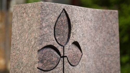Grabanlagen und Gedenksteine
